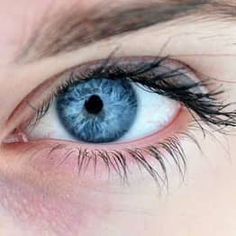This Is Why Your Eyelid Randomly Starts Twitching Sometimes