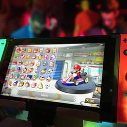 Airline Gives Free Nintendo Switch And Game To All Passengers