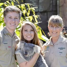 Bindi Irwin Pens Heartfelt Letter To Her Dad About Her Wedding Day