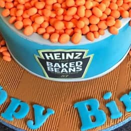 Guy Gets Baked Beans Birthday Cake For His Girlfriend