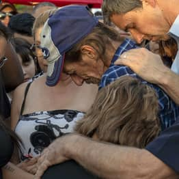 Man Who Lost Wife In El Paso Shooting Invites Public To Her Funeral