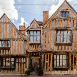 You Can Stay In The Real-Life Haunted House From Harry Potter