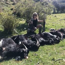 Mum Gets Death Threats After Posing In Underwear With Bodies Of Animals She Killed