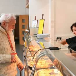 Pensioner, 86, Eats At Local School Four Days A Week To Stop Being Lonely
