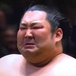 Underdog Sumo Wrestler Sobs As He Wins Tokyo Championship With Incredible Move
