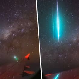 New England Photographer Captures Meteor And Milky Way In One Photo From Plane Window