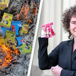 Author Jeanette Winterson Set Fire To Her Own Books Because She Didn't Like The Blurbs