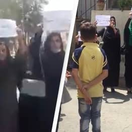 Afghanistan: Brave Women Take To Street In Protest Of Taliban Return