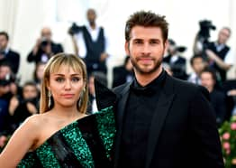 Liam Hemsworth Claims Quotes About Miley Break Up Are Fake