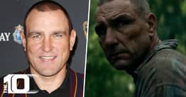Vinnie Jones Paid For A Round Of Drinks With A Signed Snatch Poster