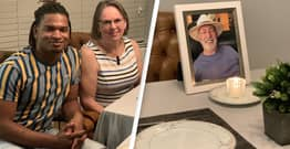 Grandma And Complete Stranger Spend Fifth Thanksgiving Together After Accidental Text In 2016