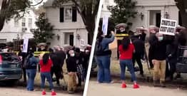 Mariachi Band Plays Outside Ted Cruz's House After He Returned From Cancun