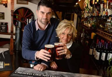 This American Couple Fly 8,000 Miles For A Pint In A Birmingham Pub Every Six Weeks – But Why?