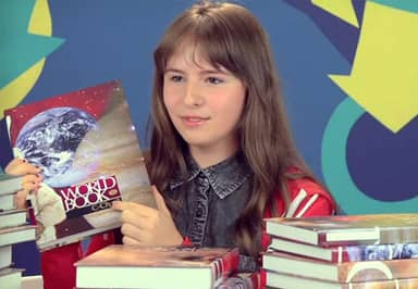 Teenagers Attempt To Use Encyclopaedias For Research And It's Ridiculous