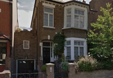 Ricky Gervais Is Selling His London Gaff And It's NICE