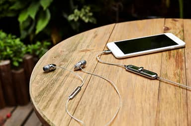 Are These The Best iPhone Lightning Earphones?