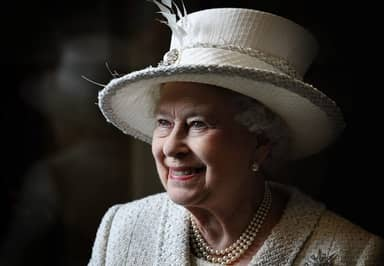 The Queen Biography, Prince Philip, Children, Film, Mother and Net Worth