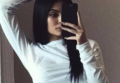Kylie Jenner Called Out For 'Blatant Photoshopping' In Latest Post