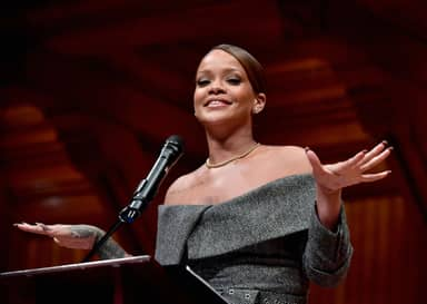 Rihanna Has Perfect Response To Guy Who Fat-Shamed Her