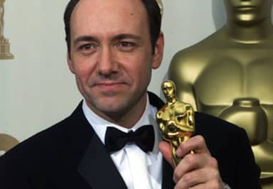 Kevin Spacey Biography, Movies, House of Cards, Accusations and Net Worth