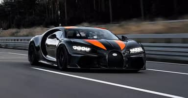 The Bugatti Chiron Becomes The First Hypercar To Break The 300mph Barrier