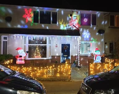 Dad Adds Even More Christmas Decorations After Neighbour Left Note Calling Them Tacky