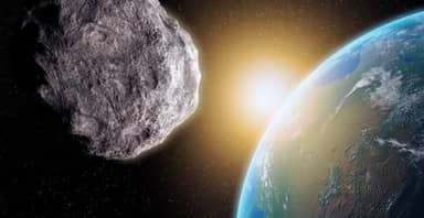 Amateur Astronomer Spots Dangerous Asteroid Just Days Before It Flies Past Earth