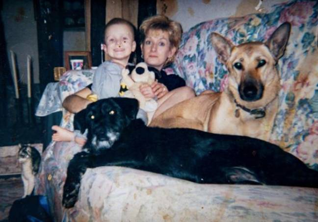 A woman chose her dogs over her husband.