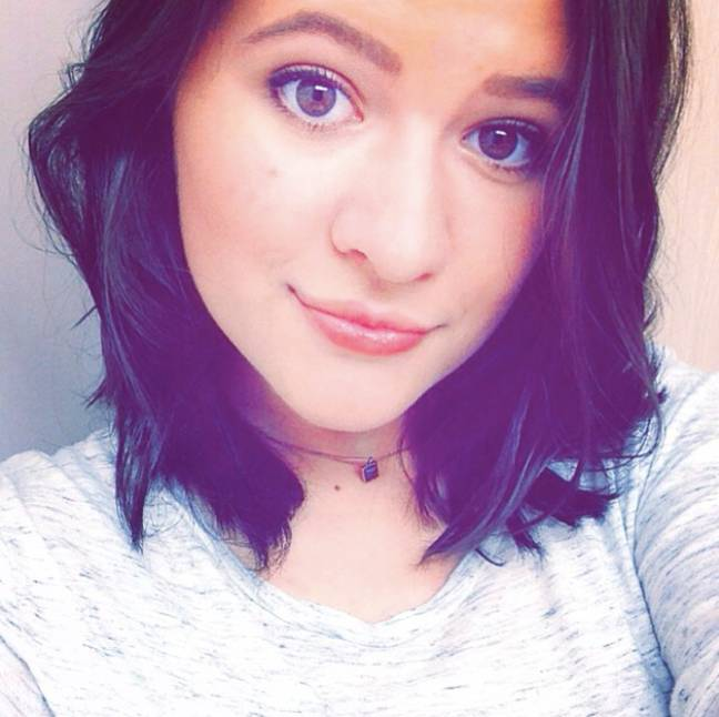 Elizabeth Yozamp, the kid from Step Brothers, in a selfie
