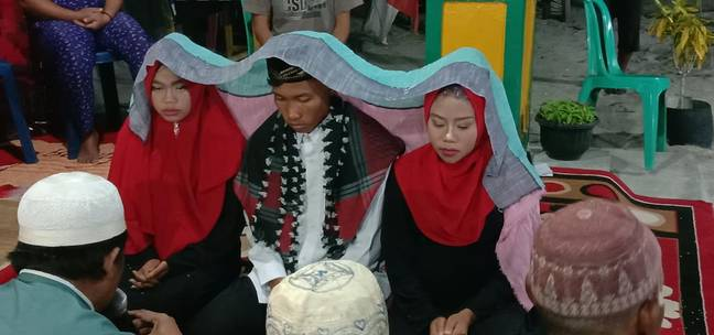 Indonesia Marriage Two Women