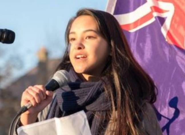 Student pledges not to have kids until governments take action on climate change
