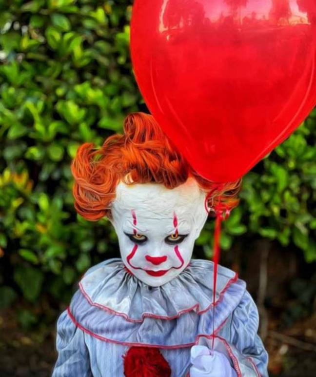 4-year-old in Pennywise cosplay