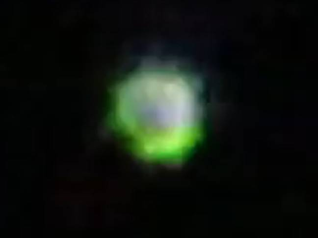 Shapeshifting Colour-Changing UFOs Captured On Camera In Night Sky