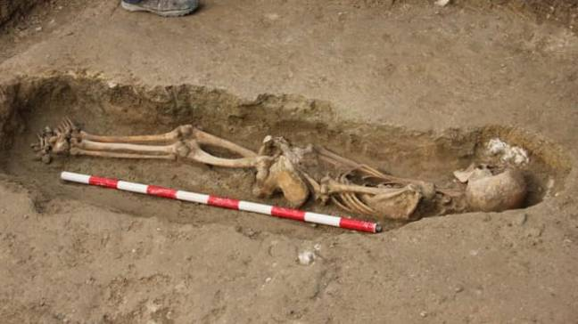 Archaeologists Uncover 400 Tombs In Ancient Burial Ground