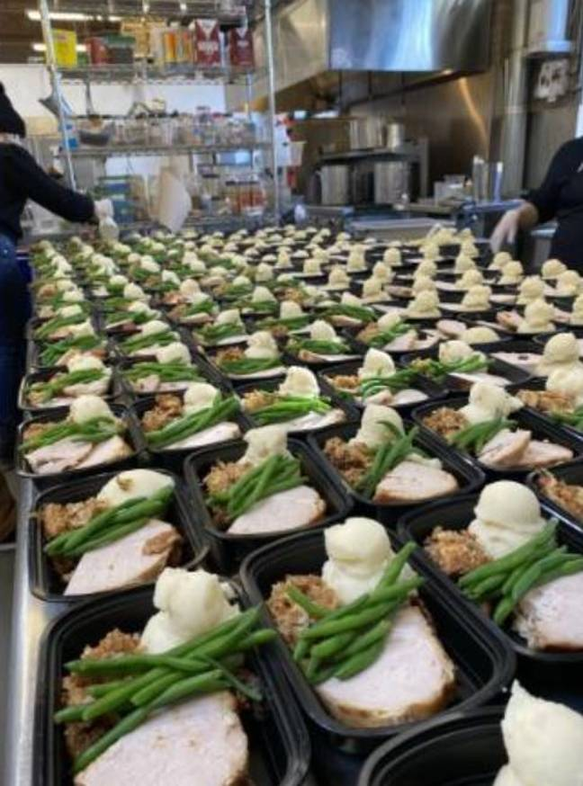 Couple Cancelled Their Big Wedding And Used The Money To Feed People In Need