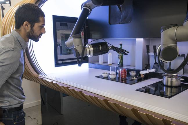 Robot Kitchen Will Make Your Dinner And Do The Washing Up