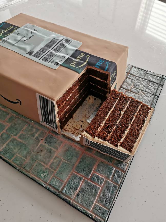 Chocolate cake looks like Amazon parcel
