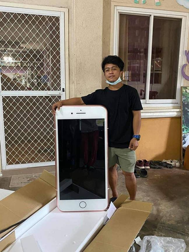 Man buys iPhone-shaped coffee table