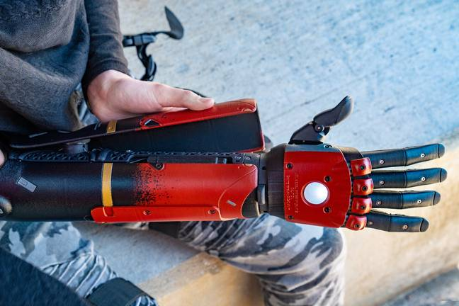 Close up of Metal Gear Solid bionic arm (Metal Gear Solid/Facebook)