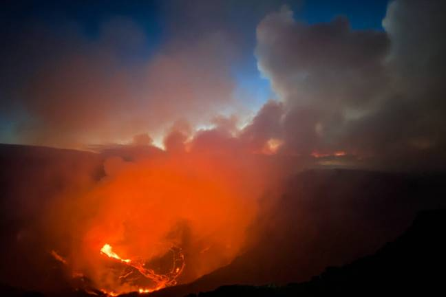 Lava and ash from the summit of Kilauea (USGS/PA Images)