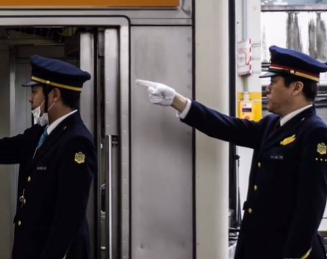 Japanese train conductors pointing and calling (@inthenow/TikTok)