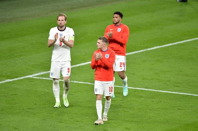 England players applaud Italy (PA Images)