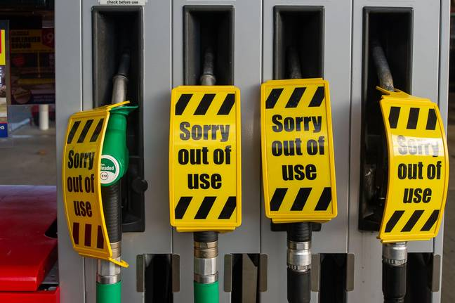 Charvil, Berkshire, UK. 26th September, 2021. The Texaco petrol station on the A4 in Charvil has run out of fuel and only their shop is open. The petrol shortage crisis has got worse over the weekend as people have been panic buying. The ongoing shortage of HGV drivers following Brexit continues. Credit: Maureen McLean/Alamy Live News -