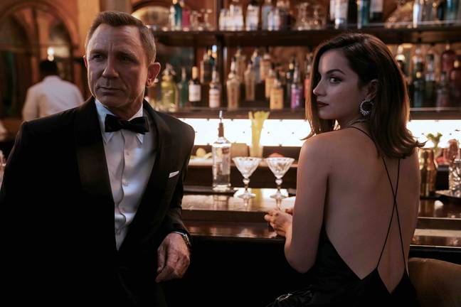 Daniel Craig and Ana de Armas in No Time To Die. (Universal Pictures)