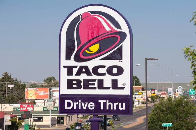 Taco Bell - Taco Bell Fast Food Road Sign, Great Falls, MT, USA (Alamy)