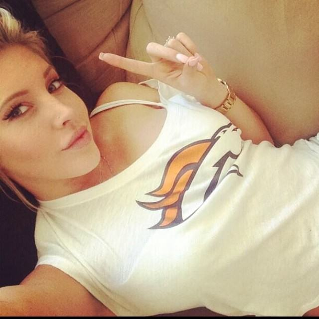 The 24 Hottest Girls On Instagram That Will Make Your Year Better samantha