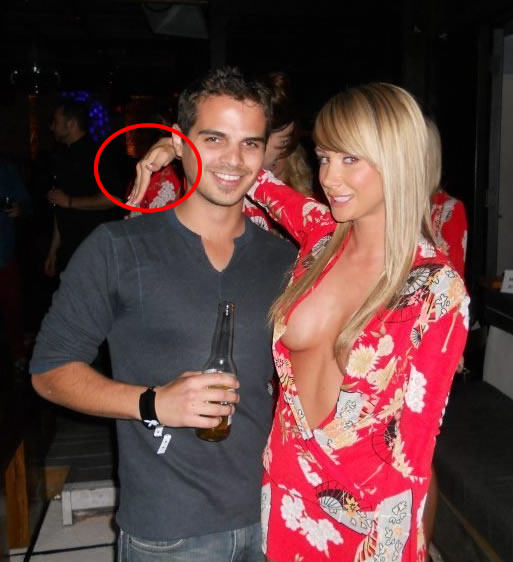 14 Ultimate Friendzone Masters In Action hover hand chick