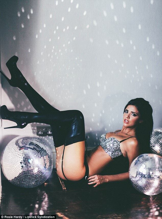 Lucy Mecklenburgh Strips Down And Looks Incredible lucy 1
