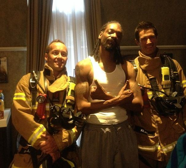 Firefighters Respond To Fire Alarm At Hotel And Find Snoop Dogg Instead snoopinstagram