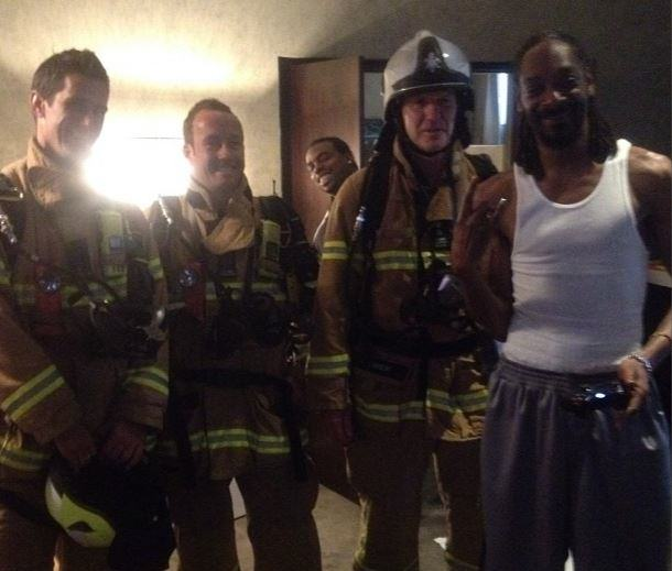 Firefighters Respond To Fire Alarm At Hotel And Find Snoop Dogg Instead snoopinstagram1